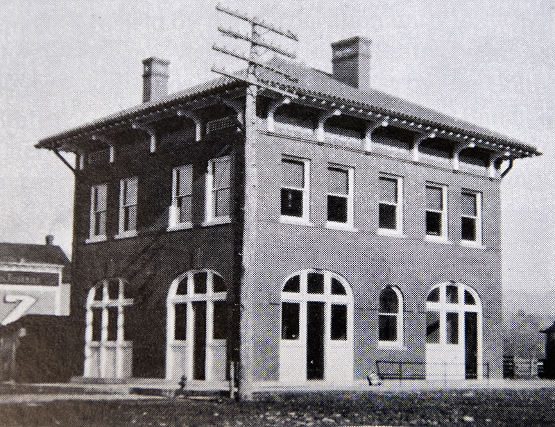old photo Bryson City Bank